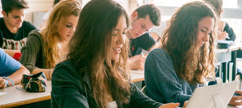 Частные школы Европы, занимающиеся по британской системе образования Cambridge Syllabus. Старшая школа.
